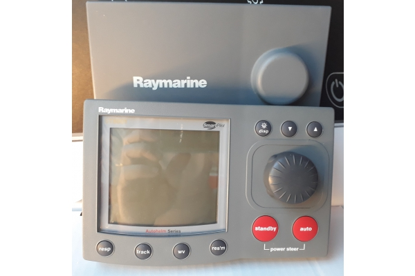 Raymarine Display Autopilota ST8001 Plus USATO