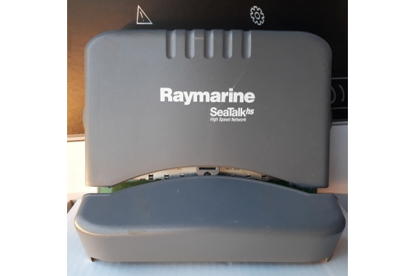 Raymarine STHS Network Switch USATO